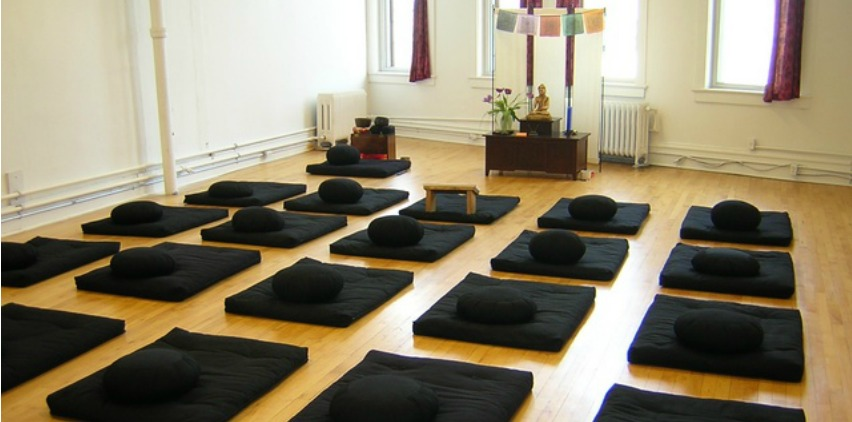 meditation studio for beginners meditating