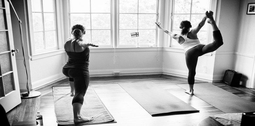 home workout yoga women