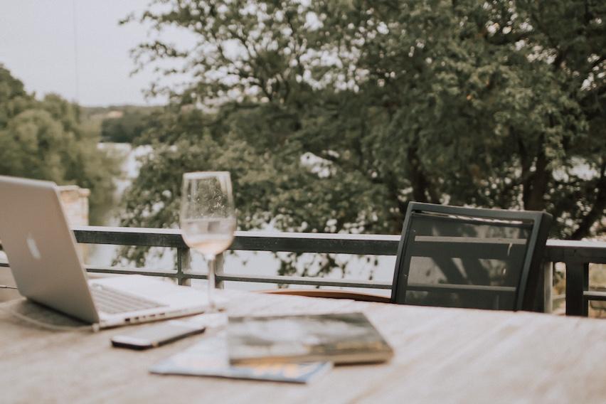 laptop wine outside