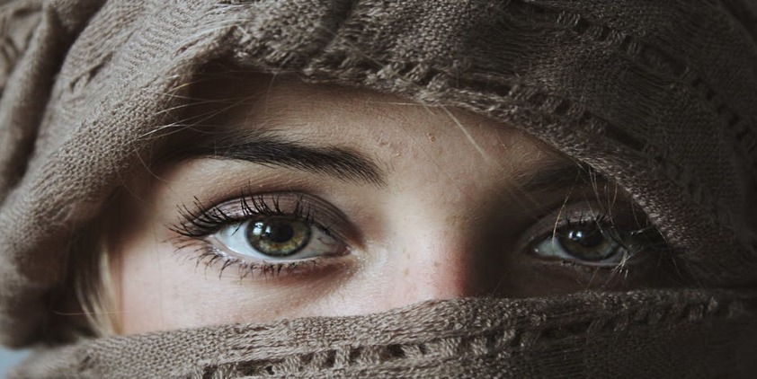 Pexels. Closeup of woman wearing hijab's green eyes