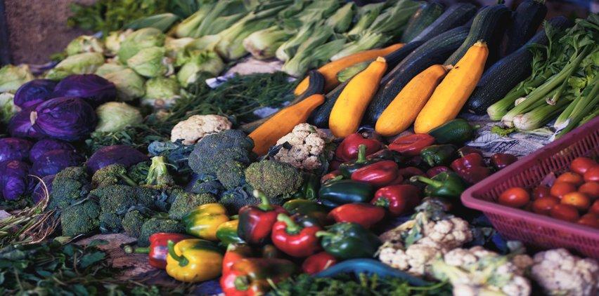 vegetables in food stalls