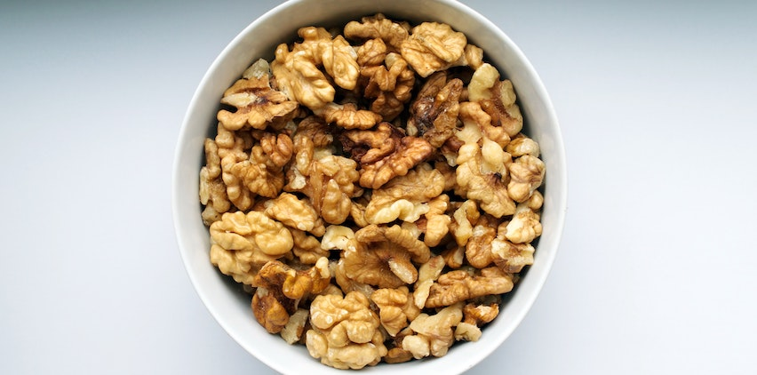 A bowl of walnuts