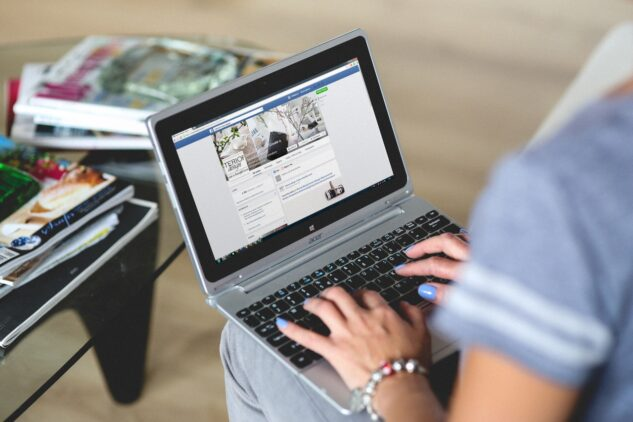 How to Get Started as a Freelance Social Media Manager